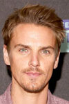 Райли Смит Riley Smith